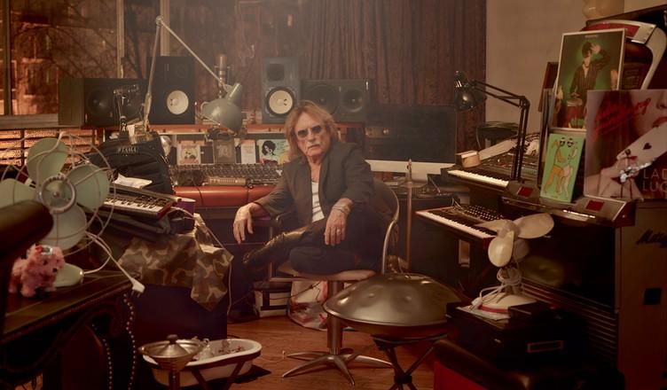 Christophe dans son studio - Photo crédit Cédric Delsaux