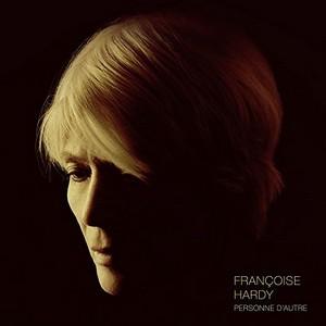 30 avril 2018 - L'âge de la résilience de Françoise Hardy (Benzine) Françoise-Hardy-Pochette