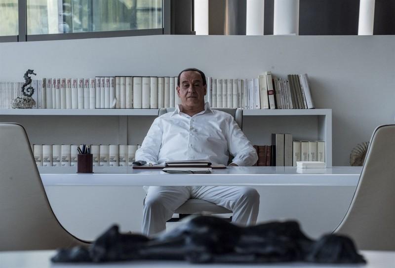 Silvio et les autres Photo Toni Servillo