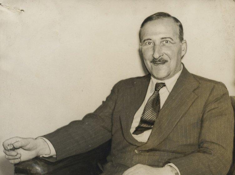 Stefan Zweig dans le Correio da Manhã.