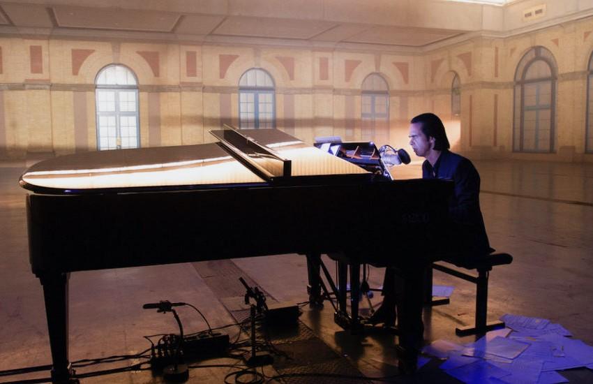 Idiot Prayer (Alone At Alexandra Palace) : Nick Cave