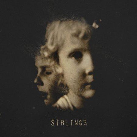 Alex Somers - Siblings